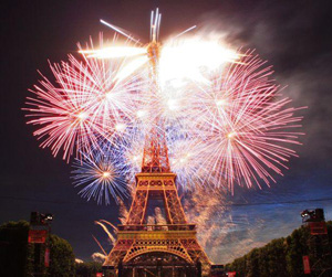 feu-artifice-tour-eiffel-2013.jpg